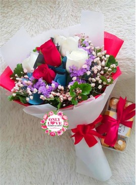 L108 Rose Hand Bouquet