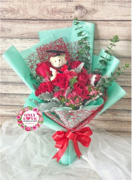 GB22 Graduation Bouquet