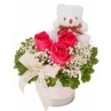 TA05 Rose Teddy White Vase