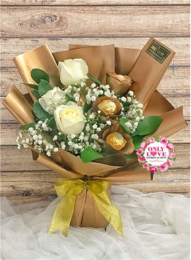 L77 Rose Ferrero Rocher Bouquet