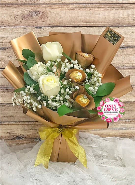 L77 Rose Ferrero Rocher Bouquet