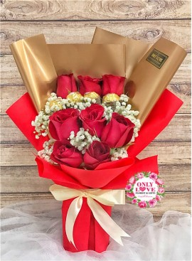 L87 Rose Hand Bouquet