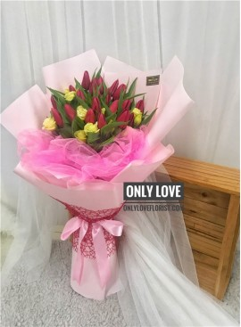THB06 Tulip Bouquet