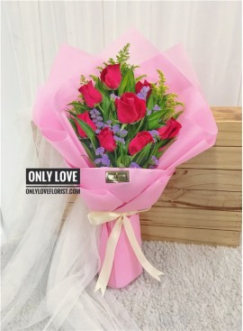 L26 Rose Hand Bouquet