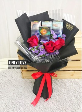 L79 Rose Cigarettes Bouquet