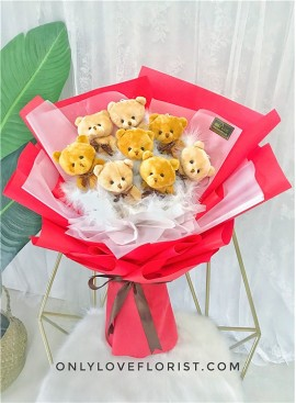 H02 Bear Hand Bouquet