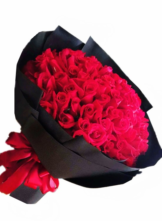 L157 99 Stalks Rose Bouquet