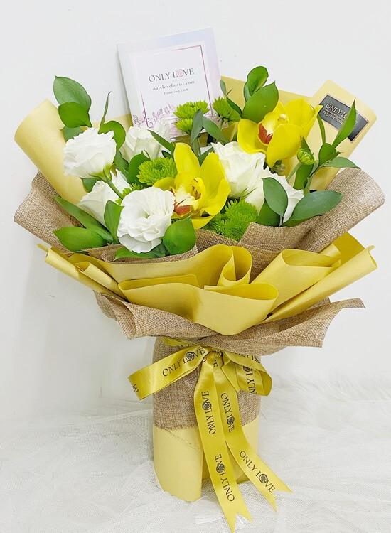 OA04 Cymbidium Orchid Bouquet