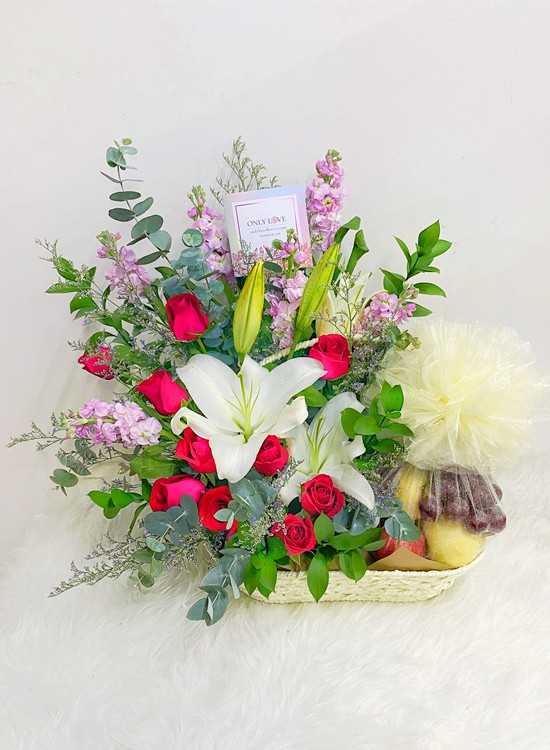 F09 Fruits & Flowers Basket