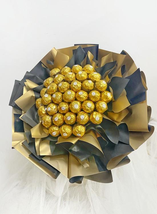 E14 Ferrero Rocher Bouquet