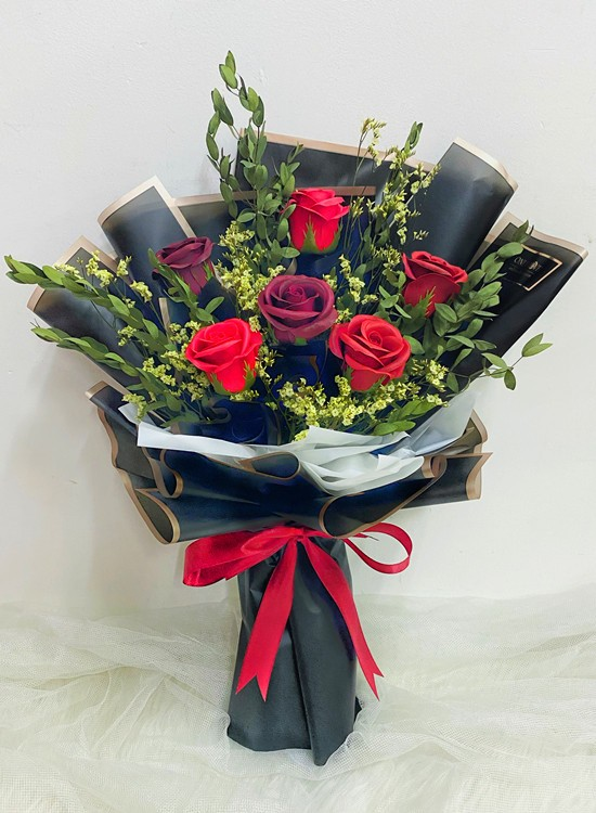SF16 Red Soap Dried Flowers Bouquet
