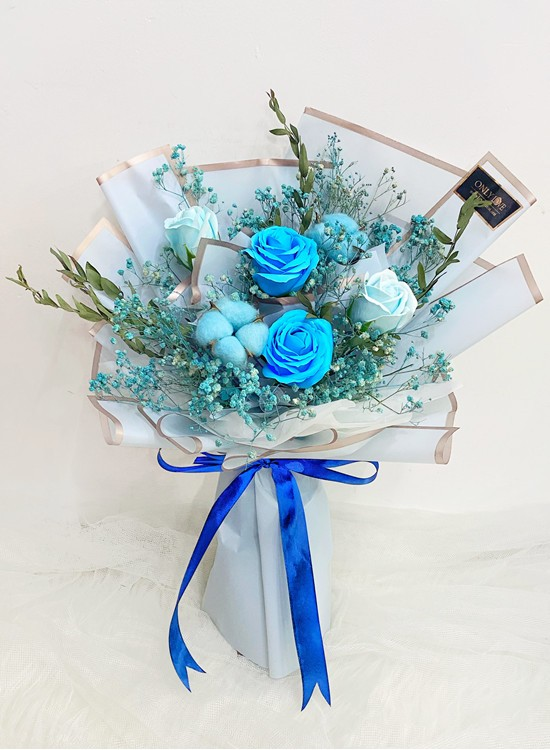 SF18 Blue Soap Dried Flowers Bouquet