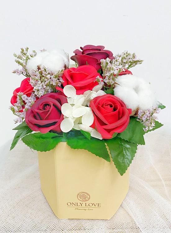 BB022 Flower Bloom Box
