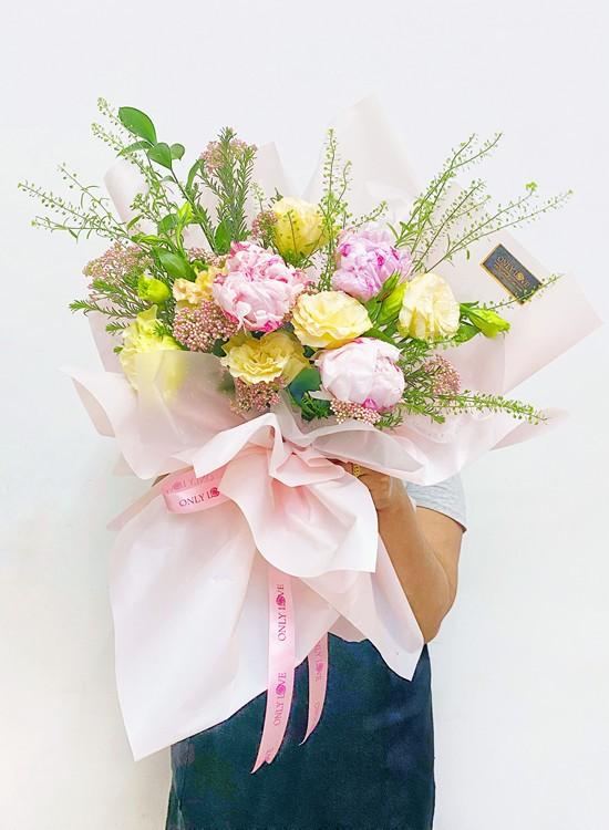 PE04 Peonies Bouquet