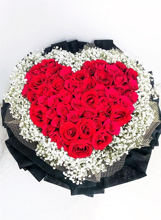 L11 Rose Hand Bouquet