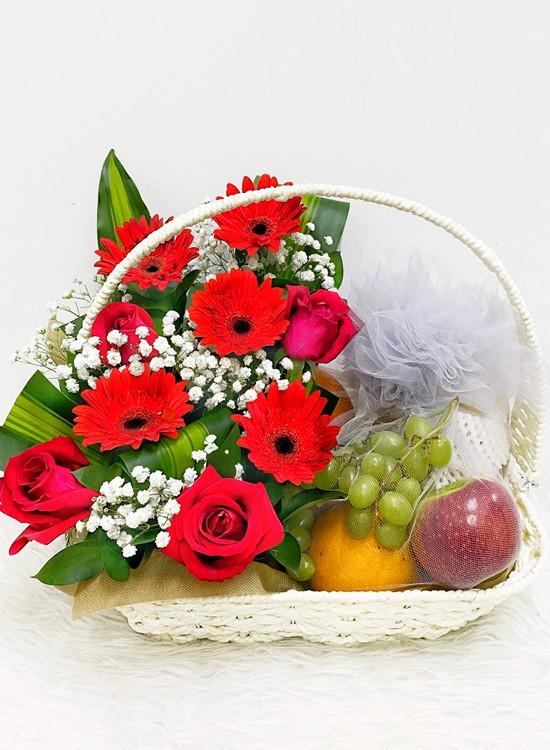 F08 Fruits & Flowers Basket