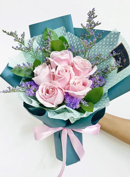 AB07 Rose Flower Bouquet