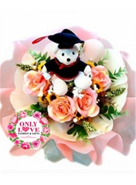 GB02 Graduation Bouquet