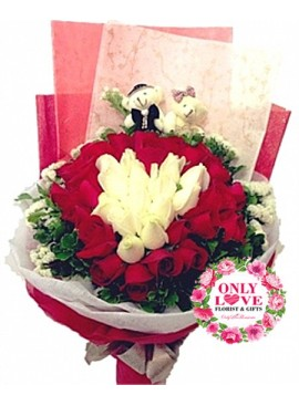 L31 Rose Hand Bouquet