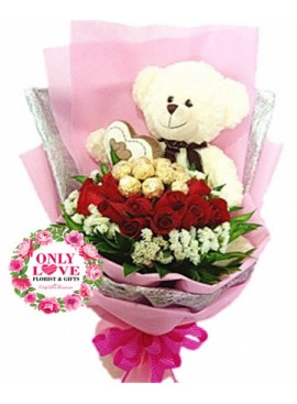 L39 Rose Hand Bouquet